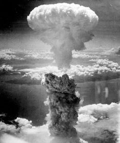 300px-Nagasakibomb[1]