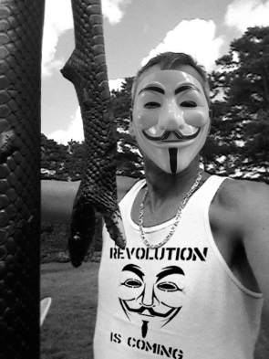 snakeREVOLUTIONiscoming